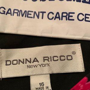 Donna Ricco Dresses - Donna Ricco Black and fushia dress